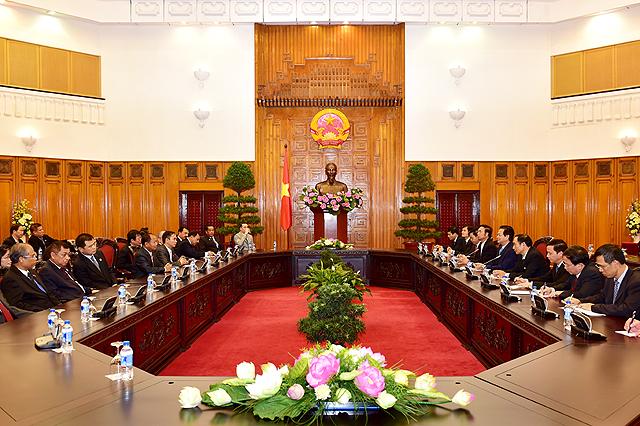 Thủ tướng tiếp khách quốc tế dự kỷ niệm Ngày truyền thống CAND - Ảnh 1