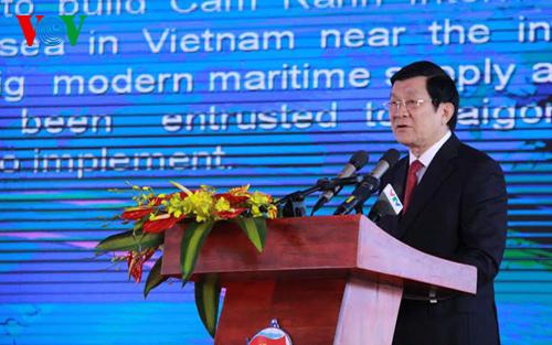 Chủ tịch nước dự lễ khai trương Cảng quốc tế Cam Ranh - Ảnh 2