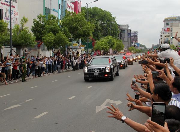Tổng thống Obama đến thăm chùa Ngọc Hoàng - Ảnh 7