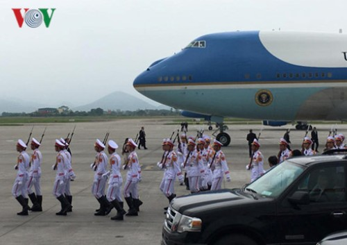 Tổng thống Obama rời Hà Nội vào TP HCM - Ảnh 9