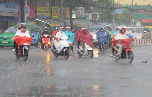 Dự báo thời tiết ngày mai 27/6: Nam Bộ mưa dông mạnh - Ảnh 1