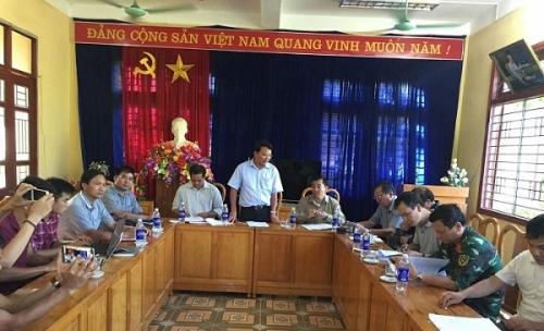 Chủ tịch Lào Cai vào hiện trường vụ sập hầm vàng, hỗ trợ gia đình thiệt hại - Ảnh 8