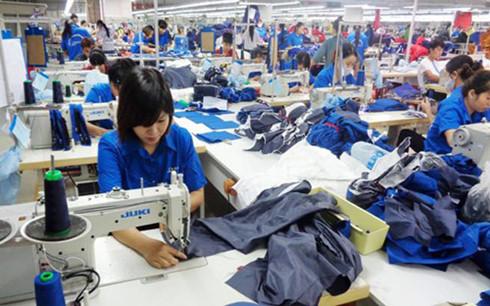 Tăng lương tối thiểu vùng 7,3%: Người lao động có hài lòng? - Ảnh 1