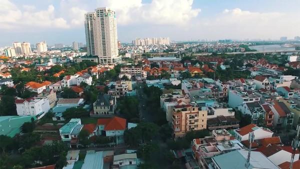 Clip: Cảm giác rất tuyệt khi ngắm một Sài Gòn tươi trẻ, sống động từ trên cao - Ảnh 10