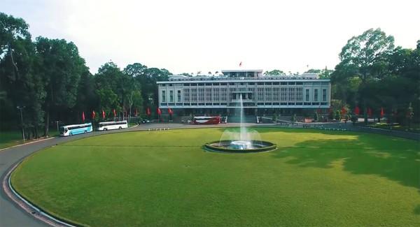 Clip: Cảm giác rất tuyệt khi ngắm một Sài Gòn tươi trẻ, sống động từ trên cao - Ảnh 3