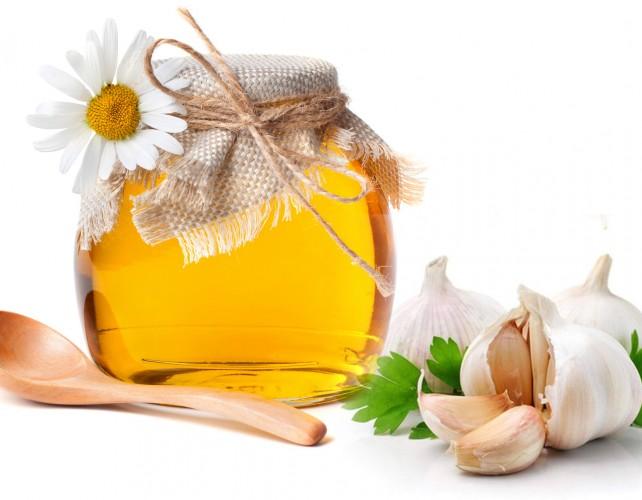 Những công dụng của tỏi đối với sức khỏe và làm đẹp - Ảnh 2