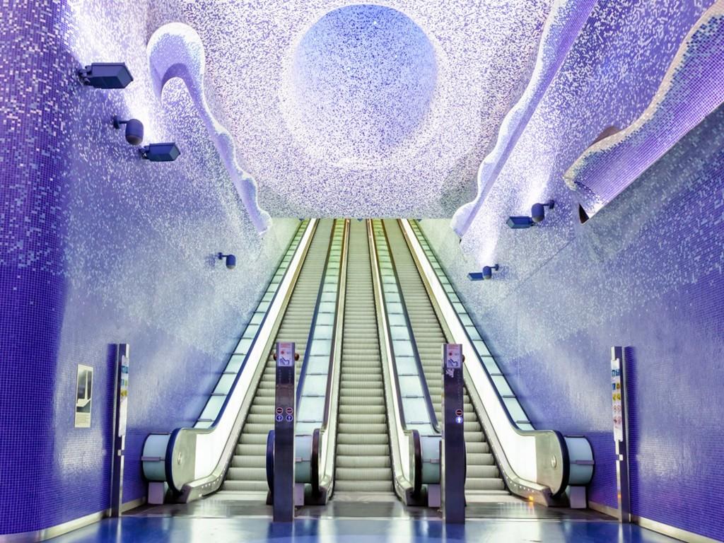 Những ga tàu điện ngầm đẹp như xứ sở thần tiên - Ảnh 2