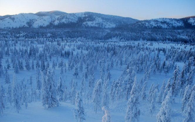 """Du lịch đến ngôi làng lạnh nhất trái đất nơi """"chim trời không dám bay qua"""" - Ảnh 5"""