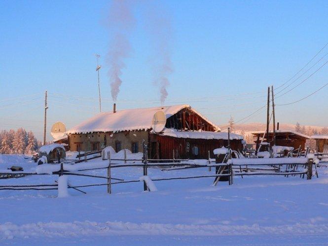 """Du lịch đến ngôi làng lạnh nhất trái đất nơi """"chim trời không dám bay qua"""" - Ảnh 7"""