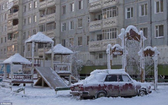 """Du lịch đến ngôi làng lạnh nhất trái đất nơi """"chim trời không dám bay qua"""" - Ảnh 9"""