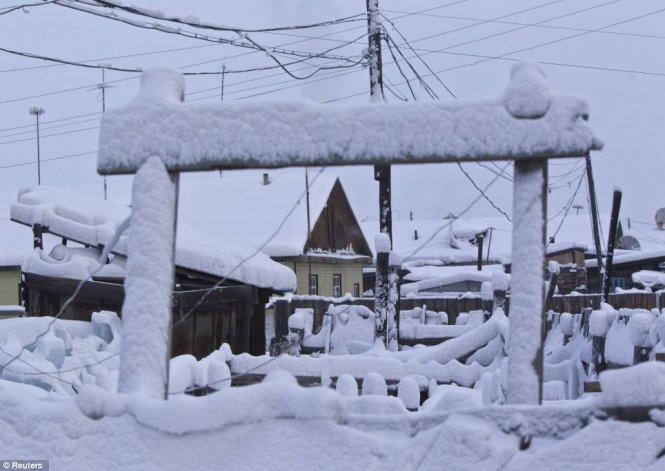 """Du lịch đến ngôi làng lạnh nhất trái đất nơi """"chim trời không dám bay qua"""" - Ảnh 3"""