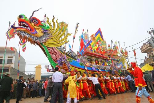Những lễ hội không thể bỏ qua khi du lịch Đà Nẵng - Ảnh 8