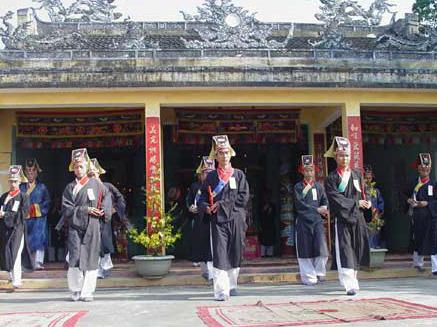 Những lễ hội không thể bỏ qua khi du lịch Đà Nẵng - Ảnh 5
