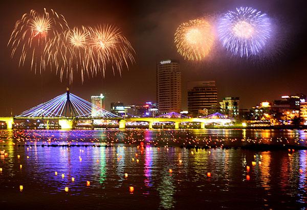 Những lễ hội không thể bỏ qua khi du lịch Đà Nẵng - Ảnh 2