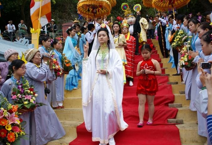 Những lễ hội không thể bỏ qua khi du lịch Đà Nẵng - Ảnh 3