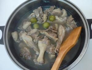 Cách nấu vịt om sấu hương vị miền Bắc cho bữa cơm ngày hè - Ảnh 6