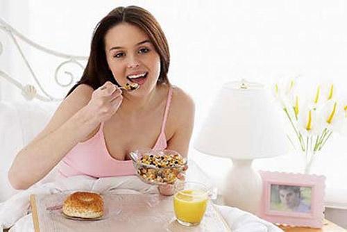 Những thực phẩm tốt cho sức khỏe bà bầu sau khi sinh - Ảnh 2