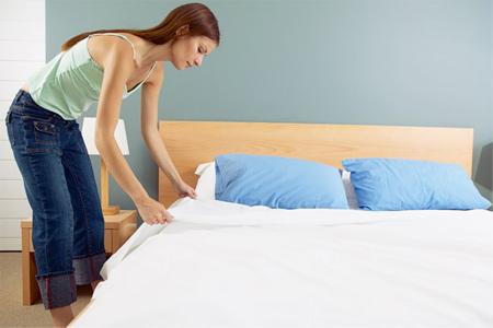 Những việc làm gây hại cho sức khỏe vào buổi sáng khi thức dậy - Ảnh 2