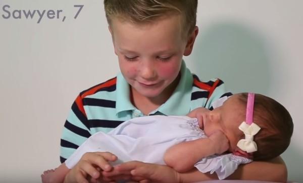 Cảm xúc khó tả của 6 ông anh trai khi lần đầu có em gái - Ảnh 3
