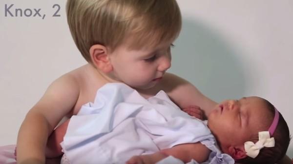 Cảm xúc khó tả của 6 ông anh trai khi lần đầu có em gái - Ảnh 6