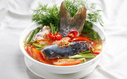 Thịt bò om hoa hồi, canh riêu cá chép hấp dẫn bữa cơm thứ 7 - Ảnh 8