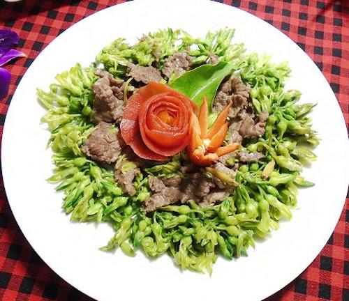 Thịt bò xào hoa thiên lý thơm ngon cho bữa cơm trưa - Ảnh 6