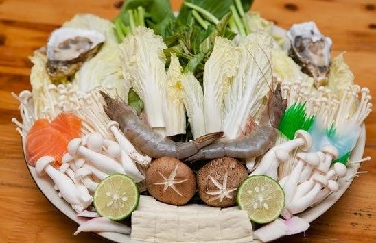 Vào bếp với món lẩu hải sản trong ngày 8/3 - Ảnh 2