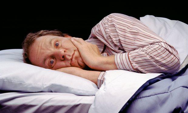 Vì sao chúng ta không thể ngủ được khi nằm trên giường lạ? - Ảnh 1