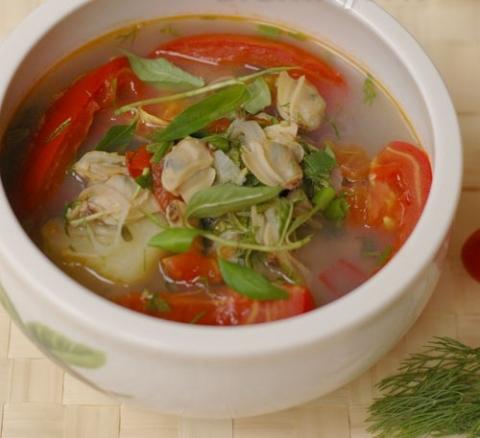 Nấu canh chua thanh mát cho bữa cơm ngày hè nắng nóng - Ảnh 2