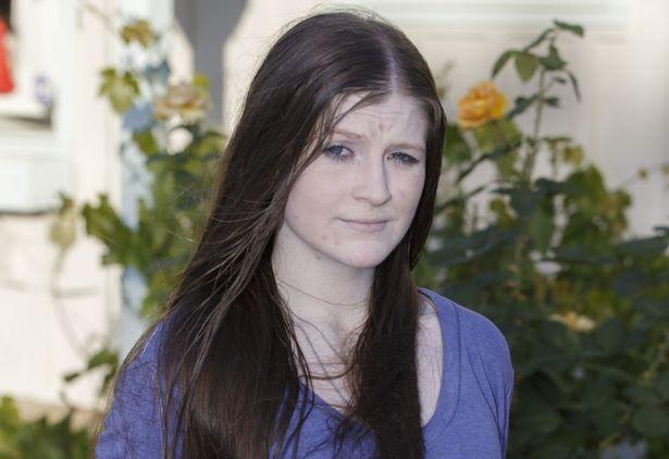 Cô nàng khóc ngất nhìn mình trong gương sau 1 năm bất chấp tất cả để giảm cân - Ảnh 4