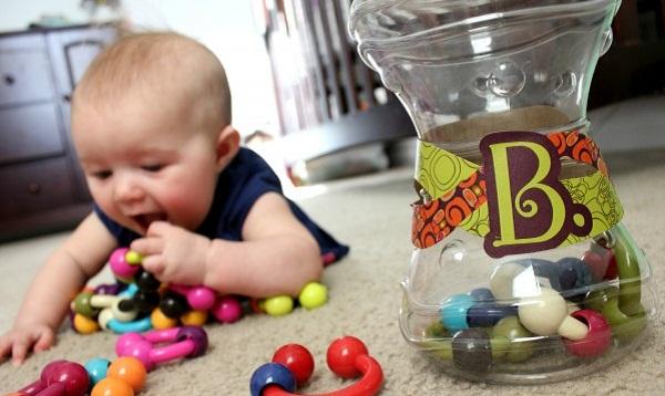 """Bé trai ngưng tim vì nuốt đồ chơi và bài học """"xương máu"""" cho cha mẹ - Ảnh 2"""