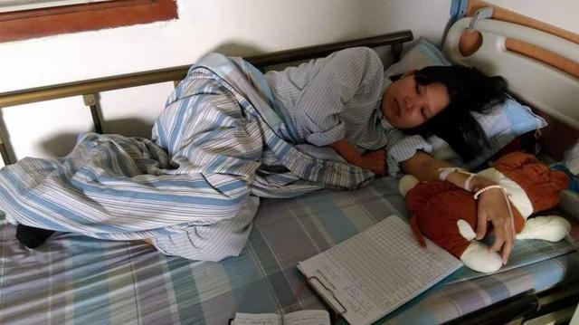 Thêm một người mẹ vĩ đại từ chối điều trị ung thư để con được chào đời - Ảnh 1