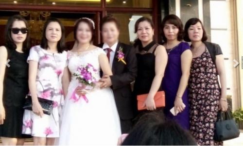 Đám cưới đồng tính của 2 quý bà U50 xôn xao Cẩm Phả - Ảnh 5