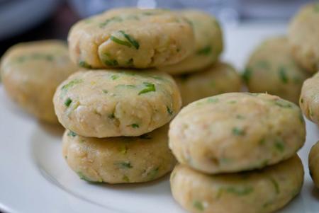 Học làm chả trứng khoai tây đơn giản ngon tuyệt - Ảnh 3