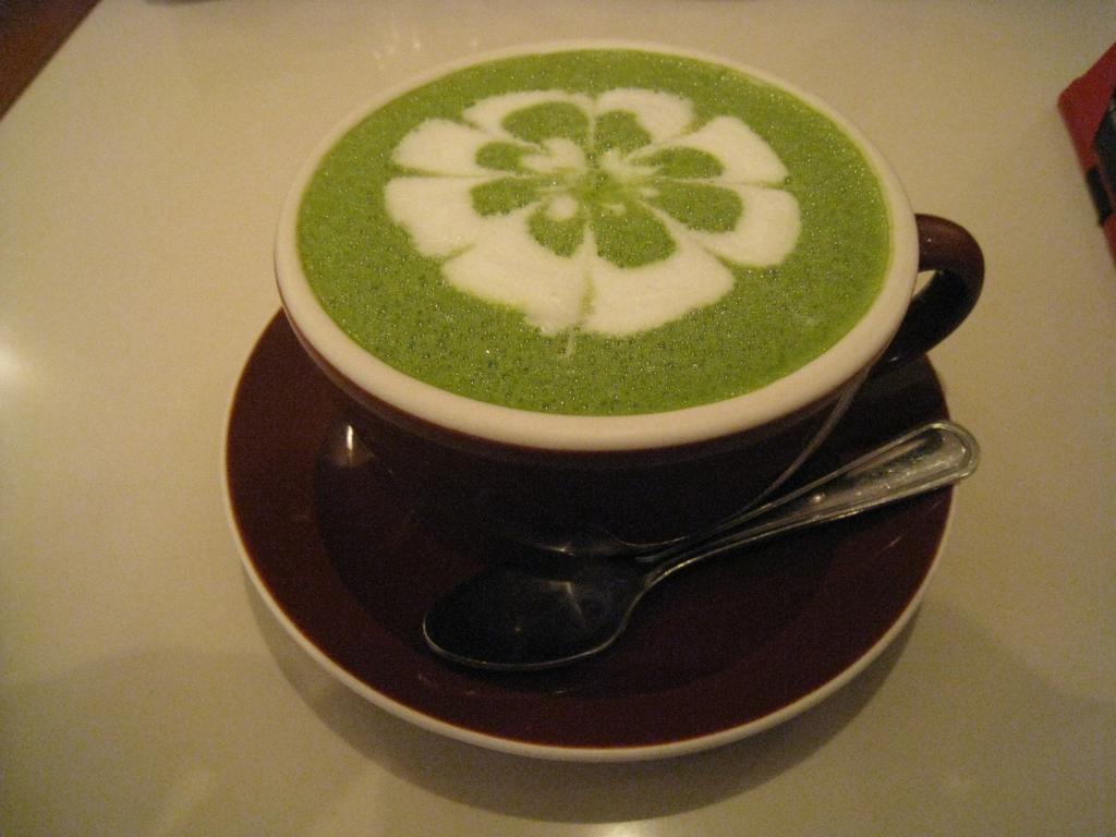 Tự tay pha chế Matcha trà xanh tại nhà đơn giản ngon tuyệt - Ảnh 3