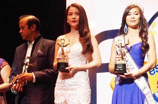 """Trương Ngọc Ánh đoạt giải """"Nữ diễn viên xuất sắc nhất"""" tại LHP thế giới - Ảnh 1"""
