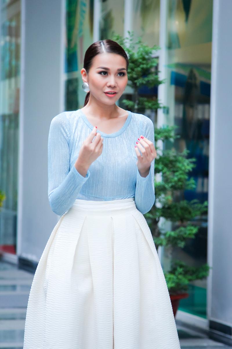 Tập 4 Vietnam's Next Top Model: Thanh Hằng thanh lịch, đẳng cấp - Ảnh 1