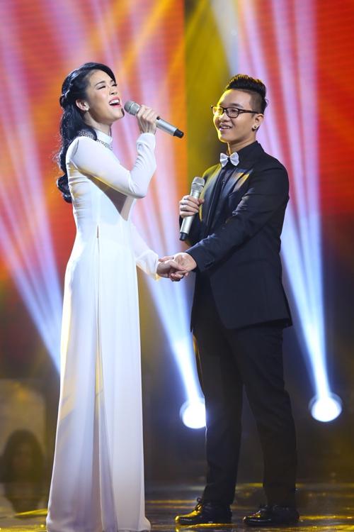 """Chung kết Giọng hát Việt 2015: Khán giả """"bấn loạn"""" vì cô trò Mỹ Tâm - Đức Phúc - Ảnh 13"""