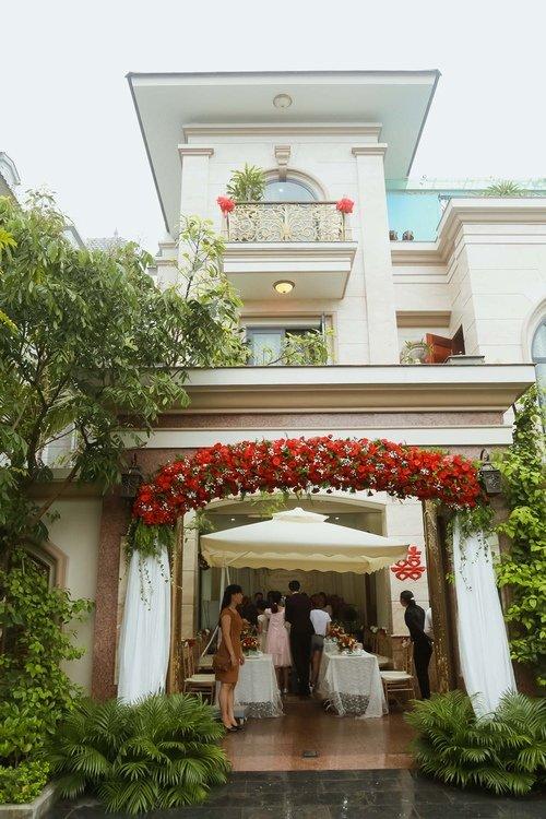 Nam Cường rước dâu ở Hà Nội bằng siêu xe 20 tỷ - Ảnh 5
