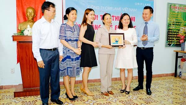 Oriflame Việt Nam mừng quốc tế thiếu nhi cùng các em nhỏ tại làng trẻ SOS - Ảnh 1