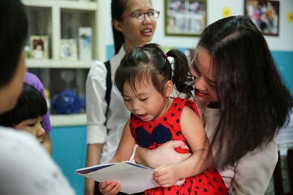 Oriflame Việt Nam mừng quốc tế thiếu nhi cùng các em nhỏ tại làng trẻ SOS - Ảnh 2