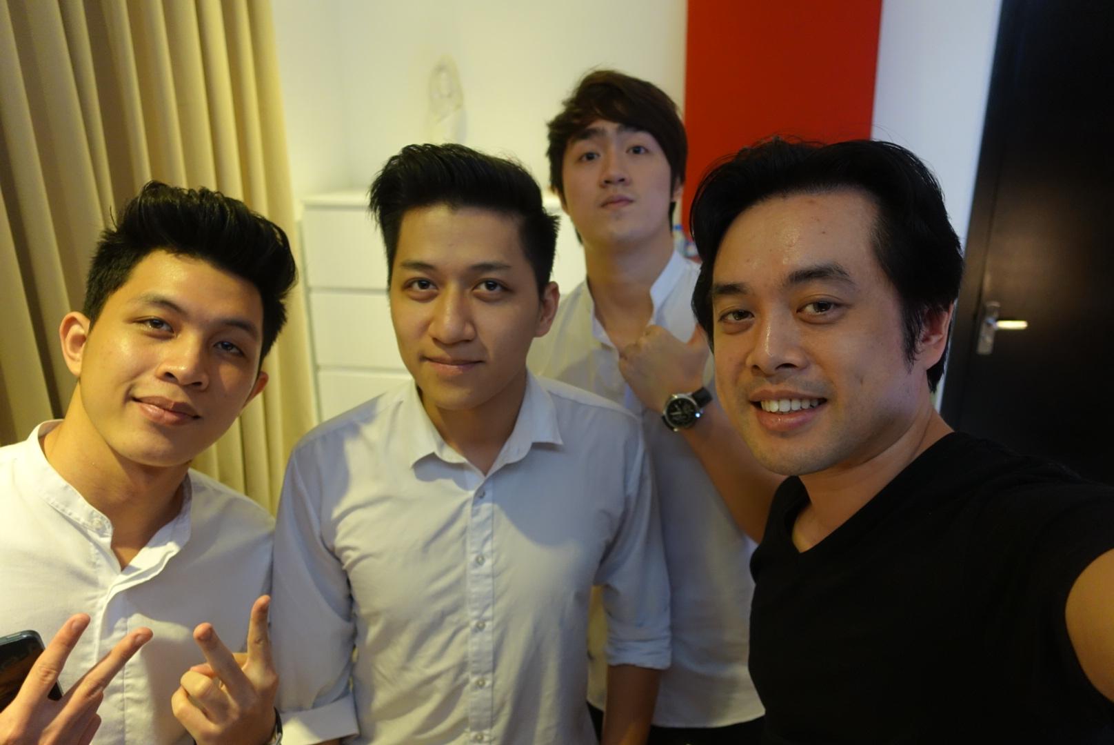 """Nhân tố bí ẩn: Dương Khắc Linh """"thị phạm"""" cho nhóm trai đẹp The Wings - Ảnh 1"""