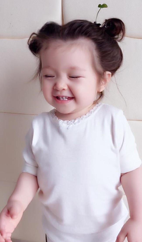 """Con gái Elly Trần cũng """"đu"""" theo trào lưu """"mọc cây trên đầu""""  - Ảnh 5"""