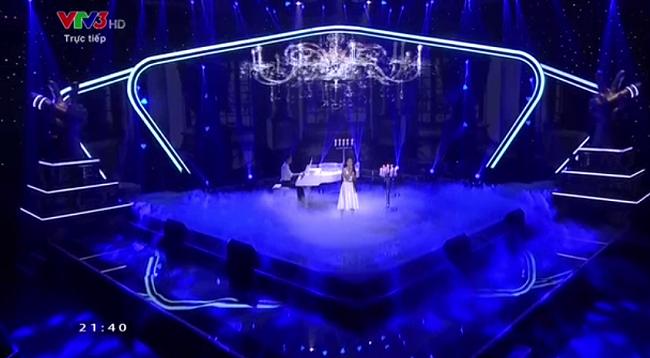 Giọng hát Việt Nhí 2015 liveshow 4: Công Quốc giả gái siêu đáng yêu - Ảnh 6