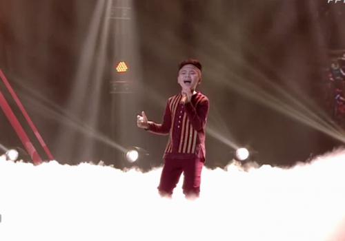 Giọng hát Việt Nhí 2015 liveshow 4: Công Quốc giả gái siêu đáng yêu - Ảnh 3
