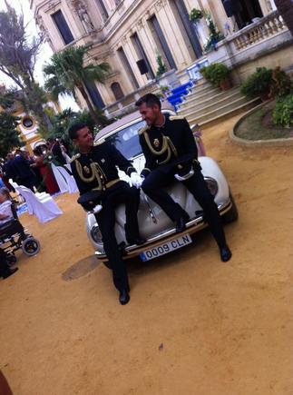 Đám cưới của hai nam cảnh sát ở Tây Ban Nha - Ảnh 3