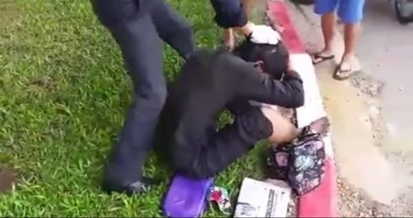 Tranh cãi clip đánh người đàn ông hoại tử chân xin tiền trên phố vì nghi giả vờ - Ảnh 1
