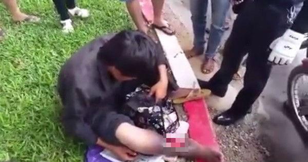 Tranh cãi clip đánh người đàn ông hoại tử chân xin tiền trên phố vì nghi giả vờ - Ảnh 2