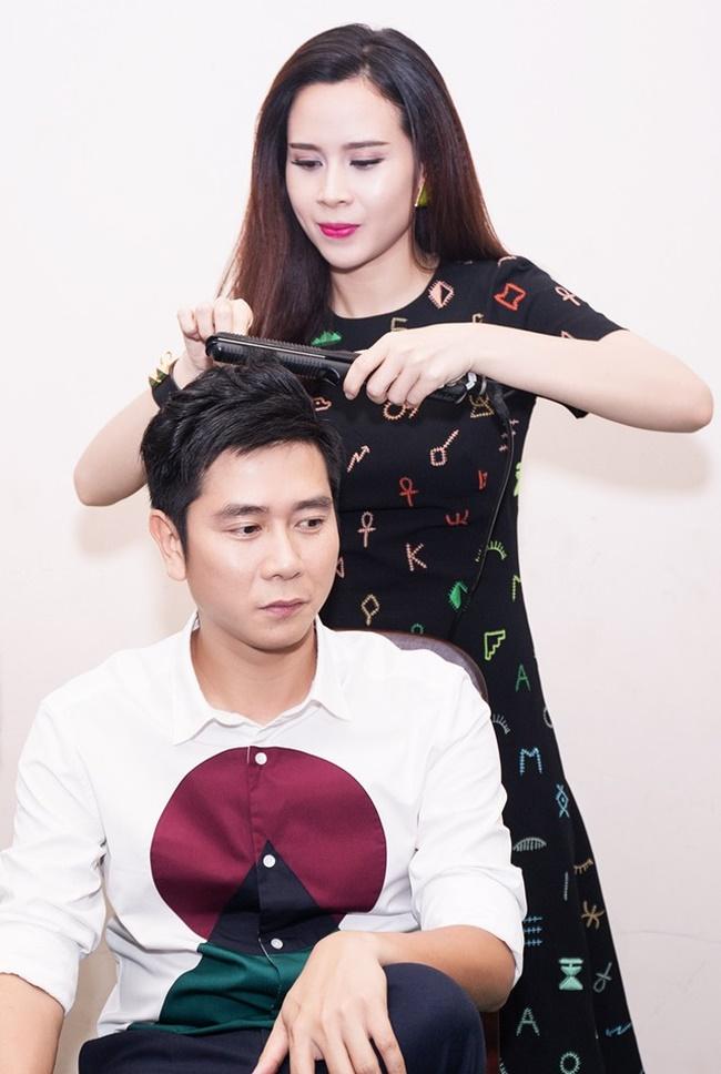 Hồ Hoài Anh khiến Lưu Hương Giang ngượng đỏ mặt trong hậu trường - Ảnh 4