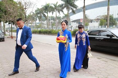 """Đám cưới Á hậu Trà My tràn ngập siêu xe """"khủng"""" - Ảnh 1"""